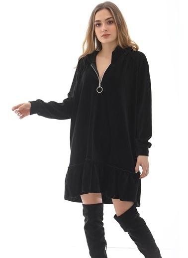 Emjey Kadife Fermuarlı Eteği Volanlı Elbise Siyah